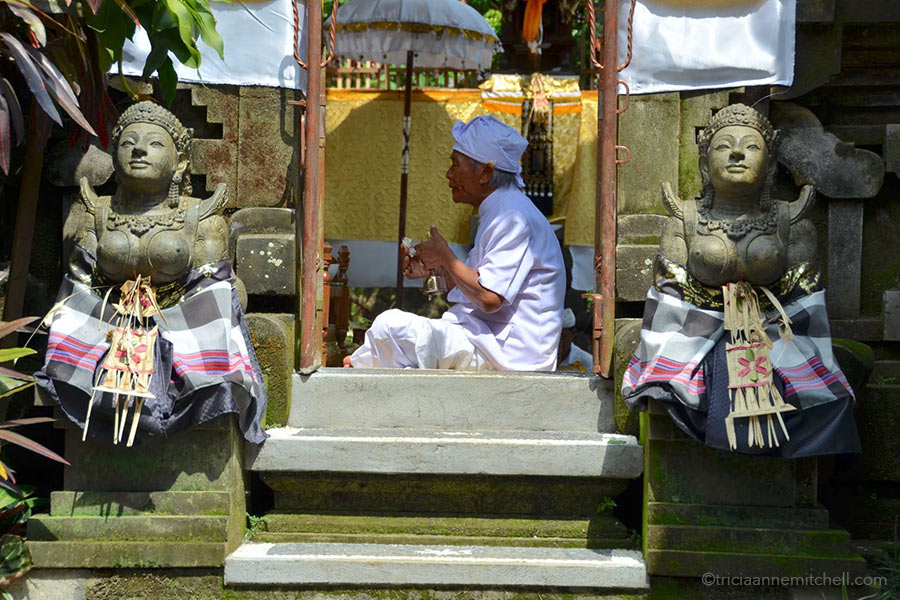 Eat Pray Love guru / medicine man Ketut Liyer leads a ceremony at his home in Ubud, on the island of Bali.