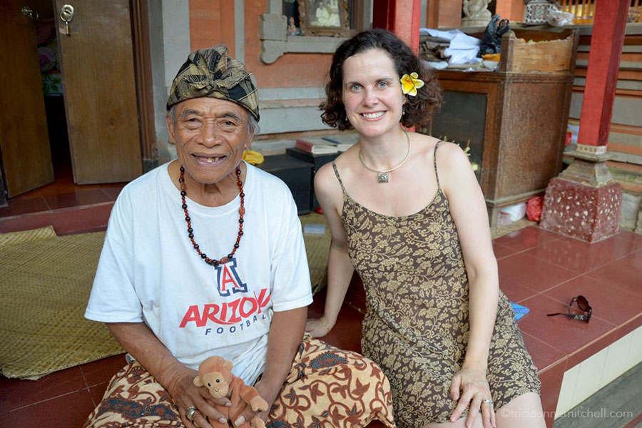 Eat Pray Love real-life character Ketut Liyer meets with a visitor at his home.