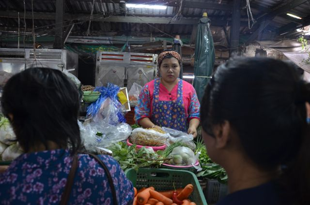 cooking class in Bangkok - trip to market
