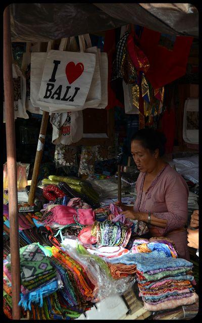 Balinese market -