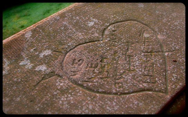 Carved heart on Heidleberg Castle railing