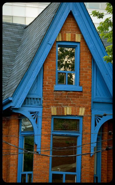 House in Kensington Toronto