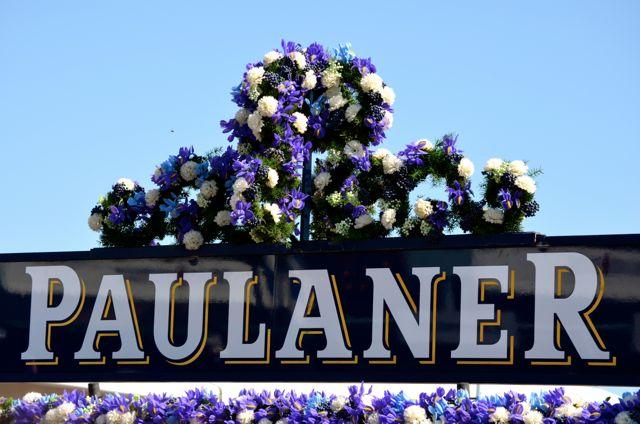 Oktoberfest flowers for Paulaner