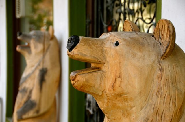 Oberammergau wood carved bears