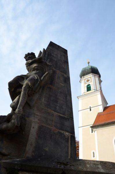Oberammergau church and war memorial
