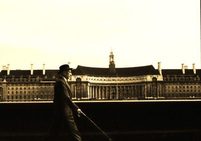 Morning Commute London copyright Maurice Sapiro
