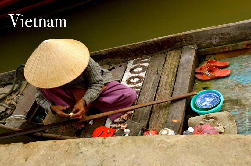 Woman-in-Hoi-An-Vietnam