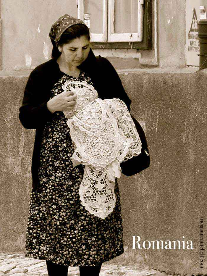 Woman-selling-lace-in-Bulgaria