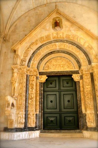St. Lawrence Trogir Portal Radovan Croatia 15