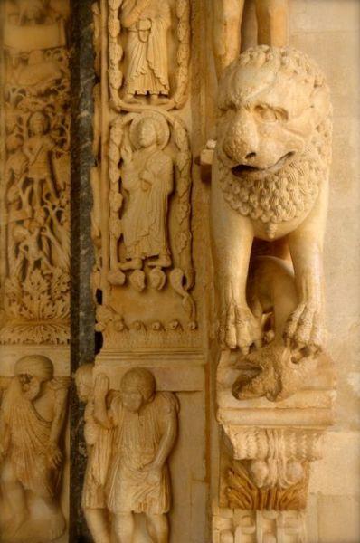 St. Lawrence Trogir Portal Radovan Croatia 3