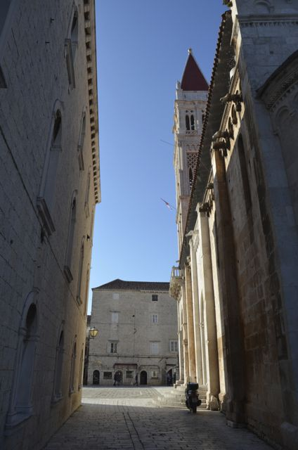 Trogir History and Walking Tour06