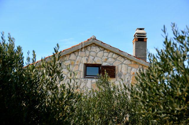 stone home in croatia