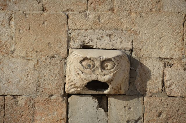 Maskeron Carved Faces in Dubrovnik03
