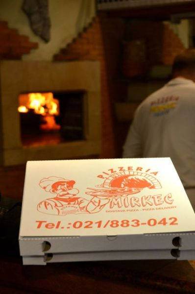 pizzeria box Pizzeria Mirkec in Trogir
