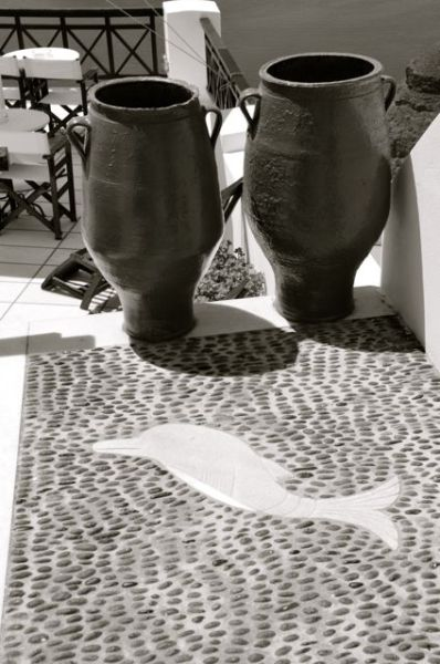 santorini in black and white03