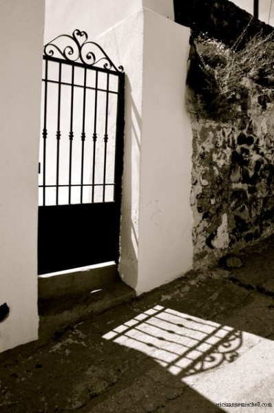 santorini-in-black-and-white06a