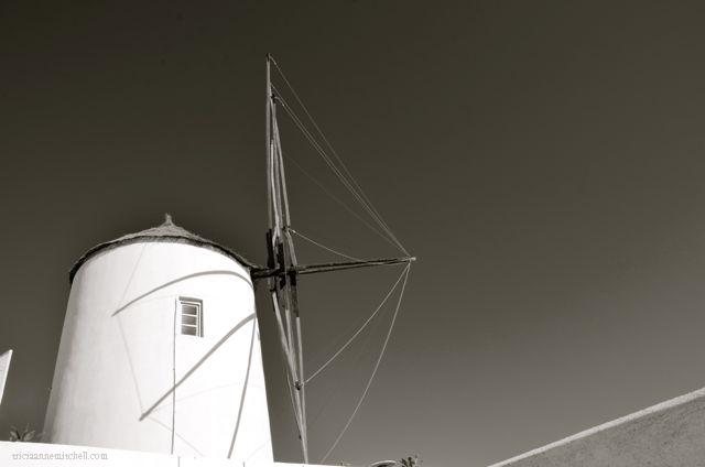 santorini-in-black-and-white09a