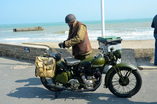 dday2013motorcyclearromanches