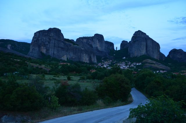 Meteora Monasteries Greece Visit Sunset Tour95