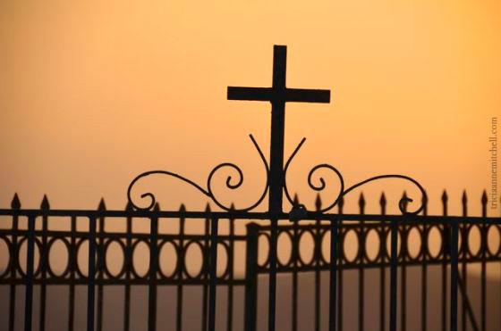 santorini-sunset-cross