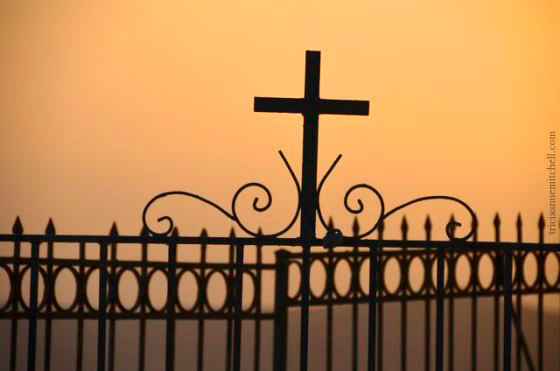 santorini-sunset-cross