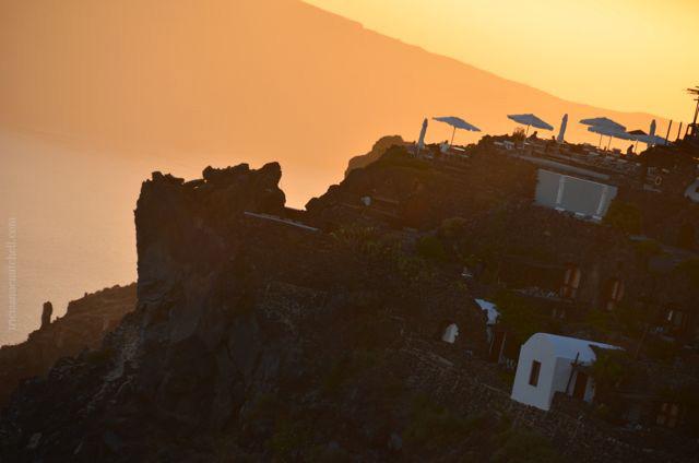 santorini-sunset-silhouette-imerovigli