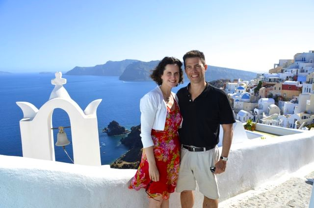 Stopping at a popular spot for one of many ubiquitous Oia shots.
