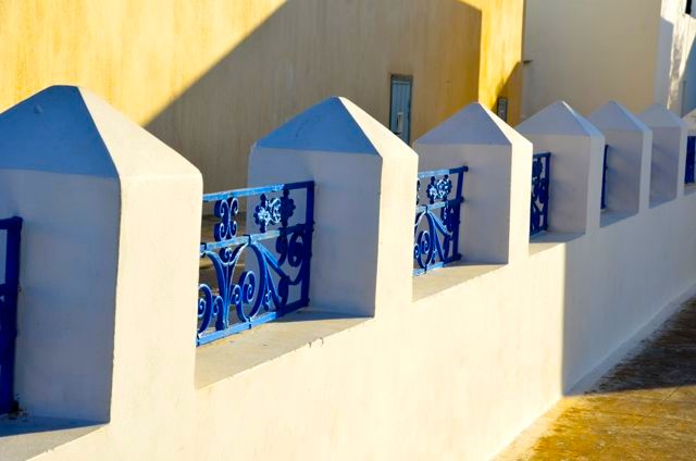 The island's trademark blue & white abound.