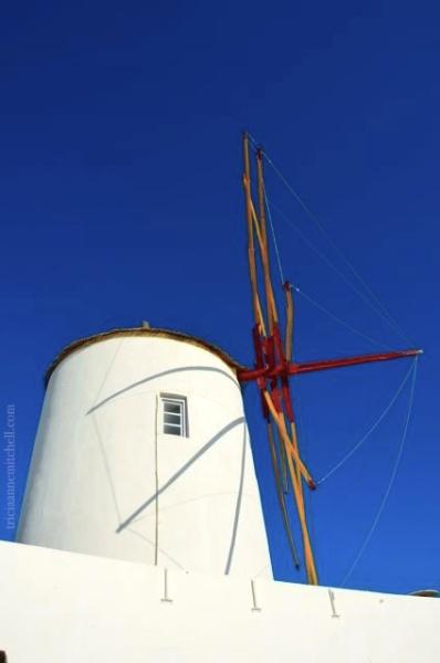Oia-Windmill-Santorini