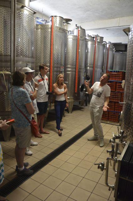 Santorini wine tasting Greek wine04