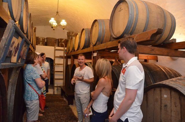 Santorini wine tasting Greek wine07