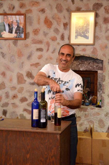 Santorini wine tasting Greek wine19