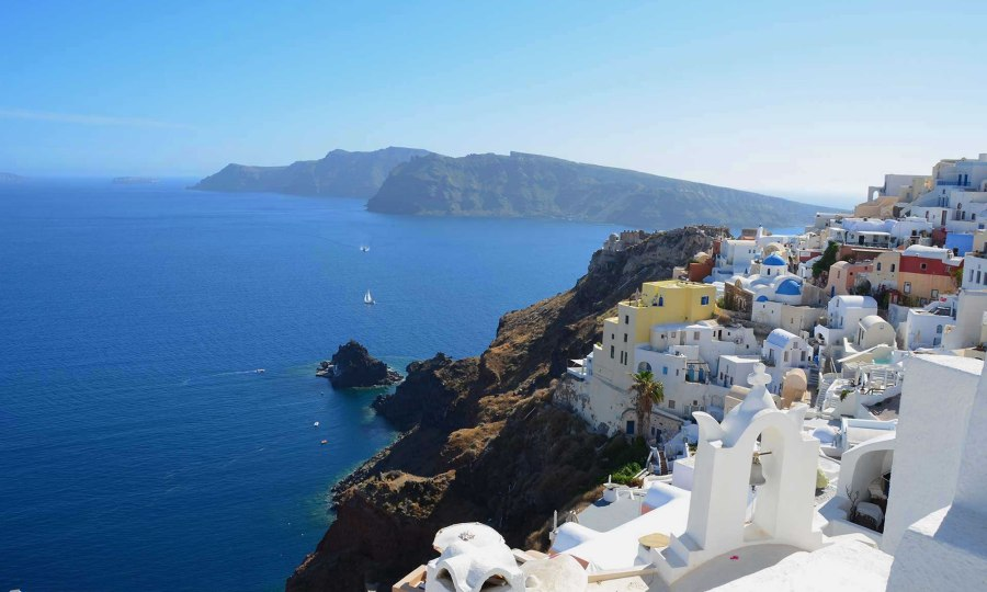 scenes-from-santorini-greece