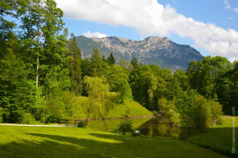 Schloss Linderhof Grounds 1