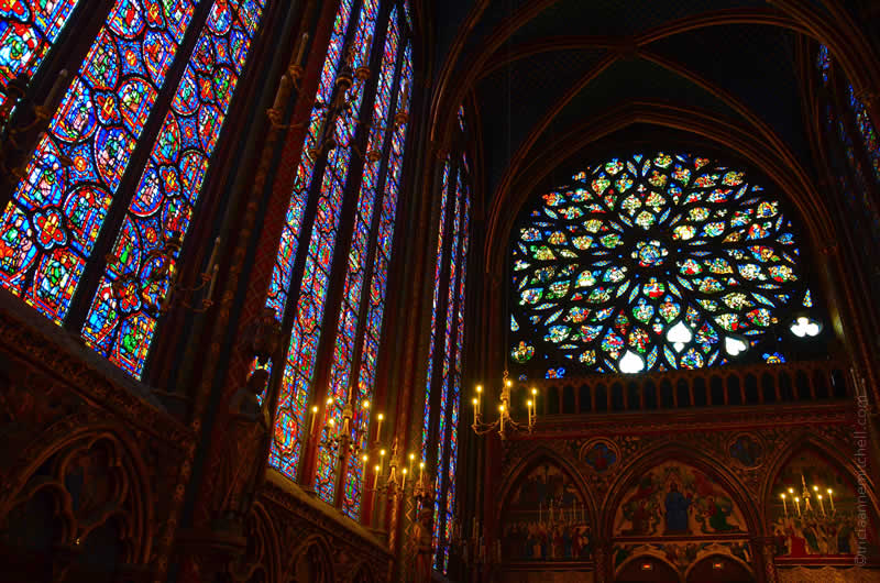 Sainte Chapelle Paris upper chapel