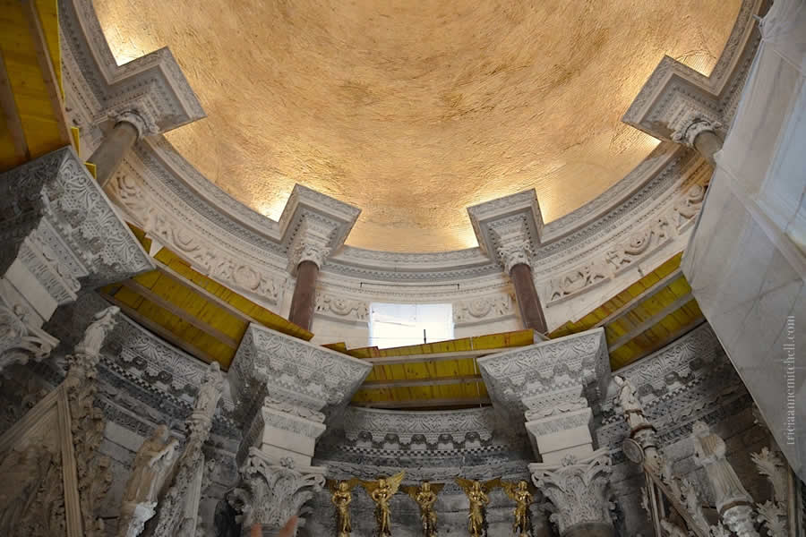 Interior Mausoleum - St. Duje Cathedral Split