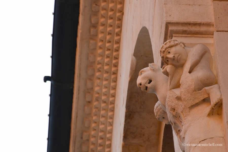 Duomo di Modena Cathedral exterior architecture