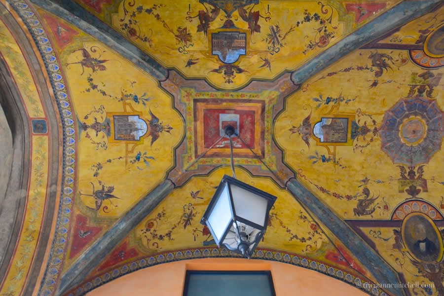 Modena portico frescoed vaulted ceiling