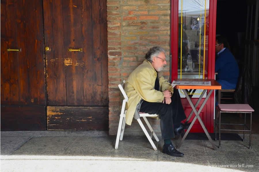Man Cafe Modena Italy
