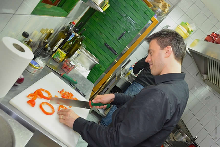 Croatian-Cooking-Class-Split-Shawn-Cuts-Red-Peppers