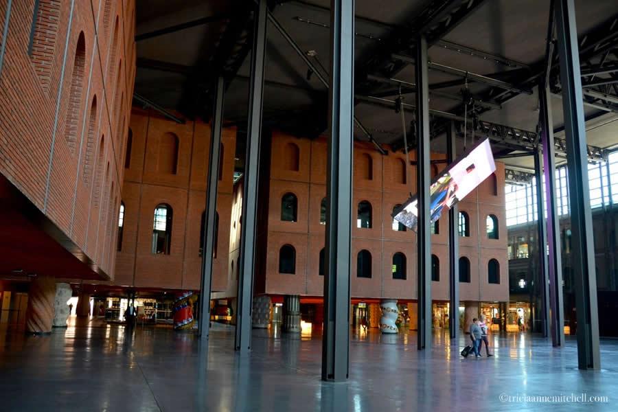 Alhóndiga Bilbao Entrance