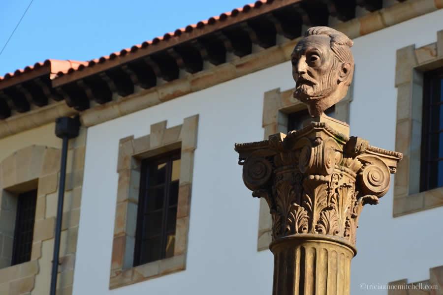 Bust Basque Museum Bilbao
