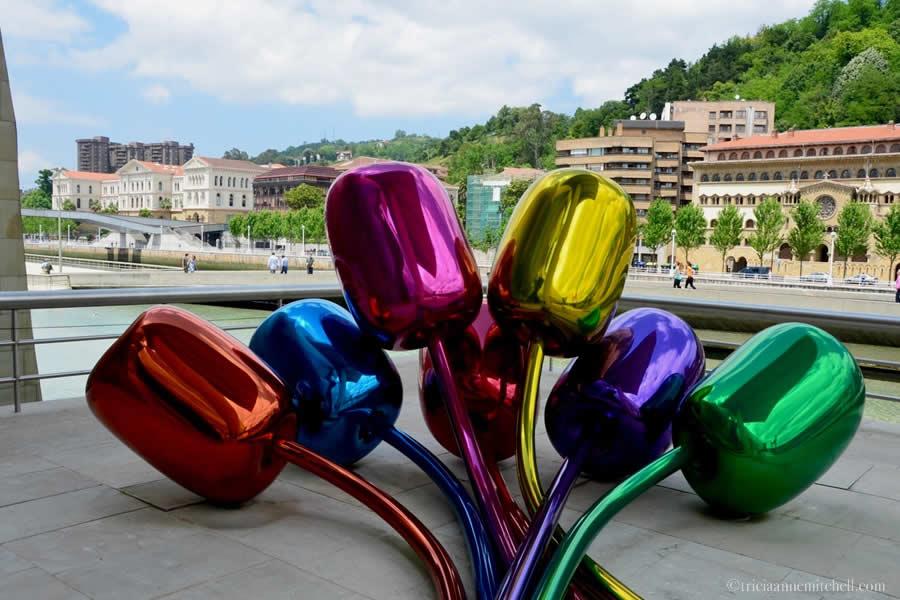 Guggenheim Tulips Bilbao Jeff Koons