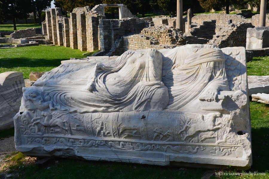 Salona Sarcophagus Tomb