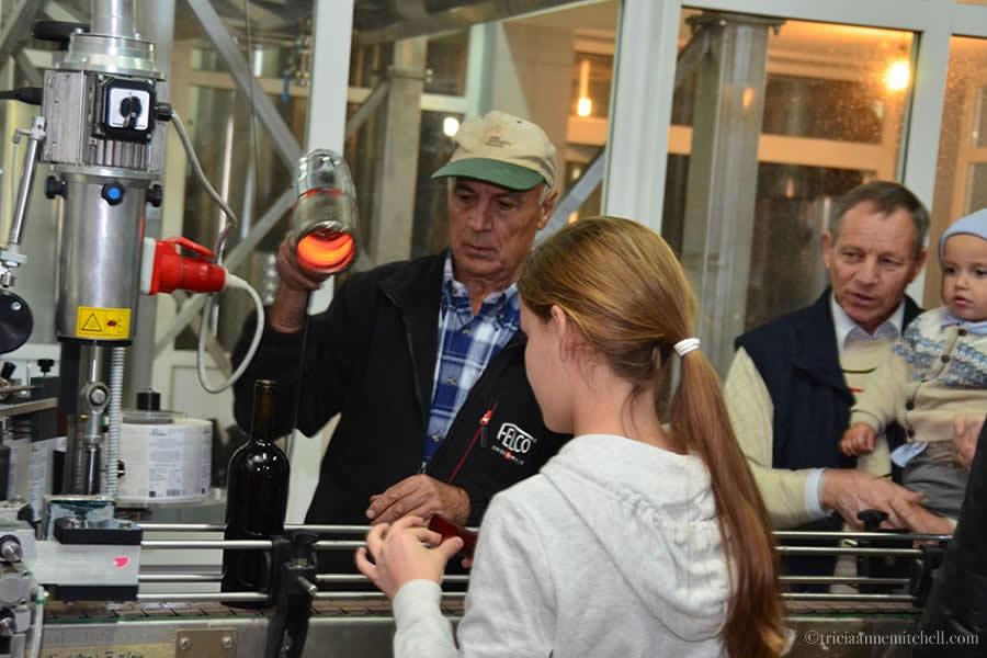 Bottling Wine Et Cetera Winery Moldova 2