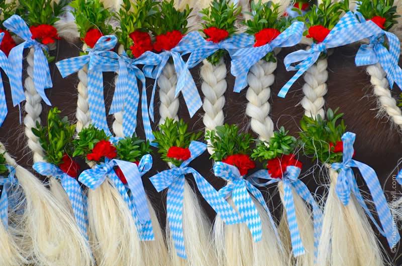 Leonhardiritt horse blessing decoration