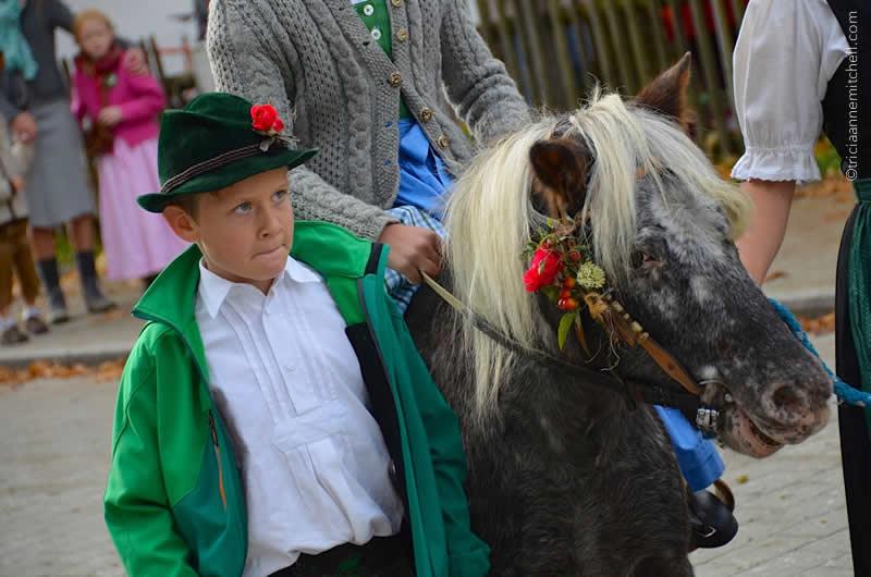 Unterammergau Leonhardiritt horse blessing parade 8