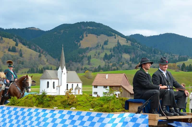 Unterammergau Leonhardiritt procession 4