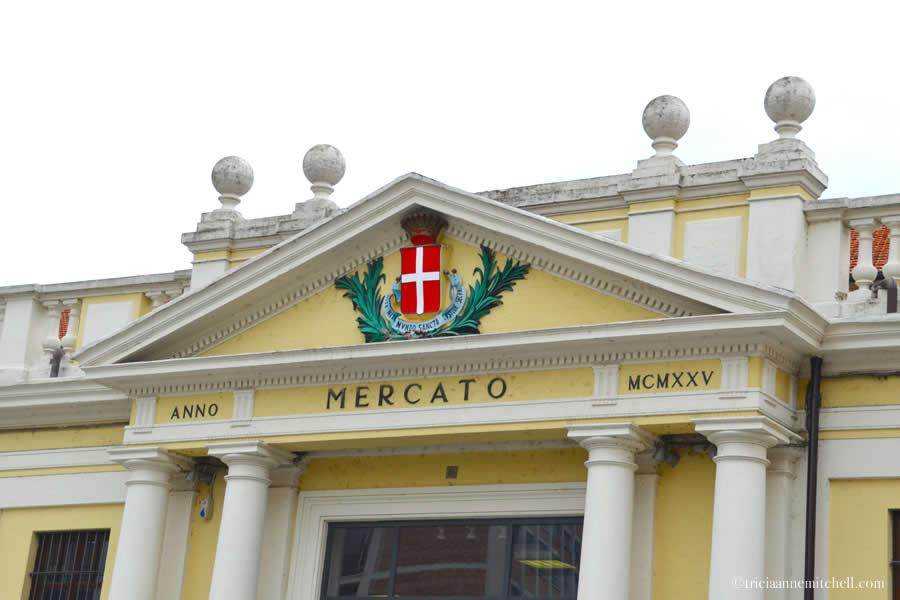 Mercato Asti Italy