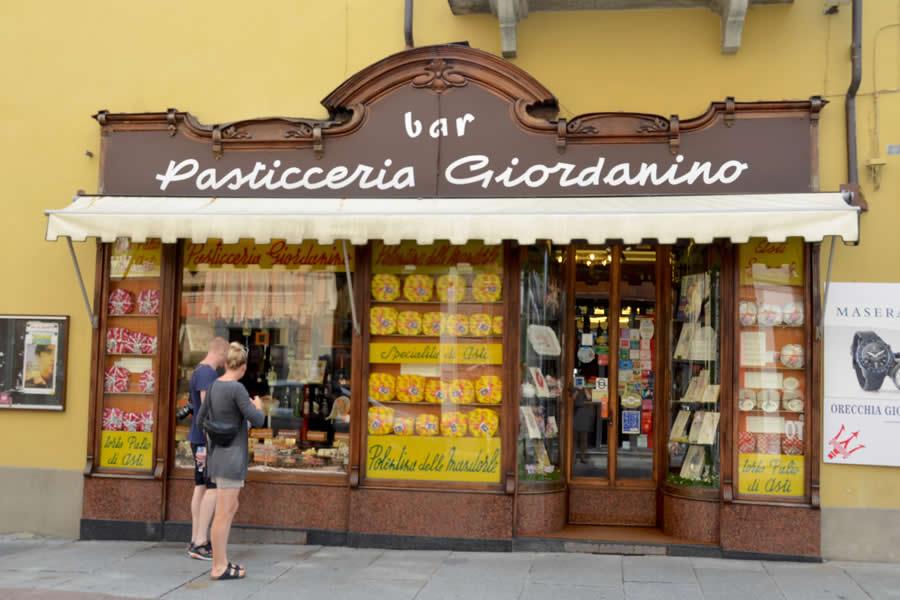 Pasticceria Asti Italy